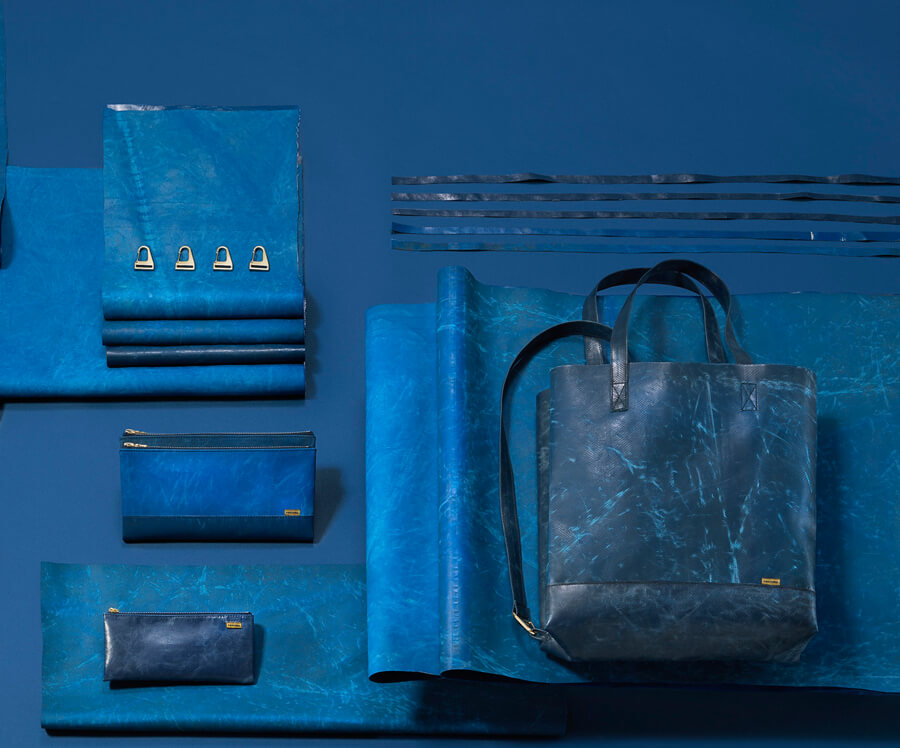 true-blue1_olivernanzig
